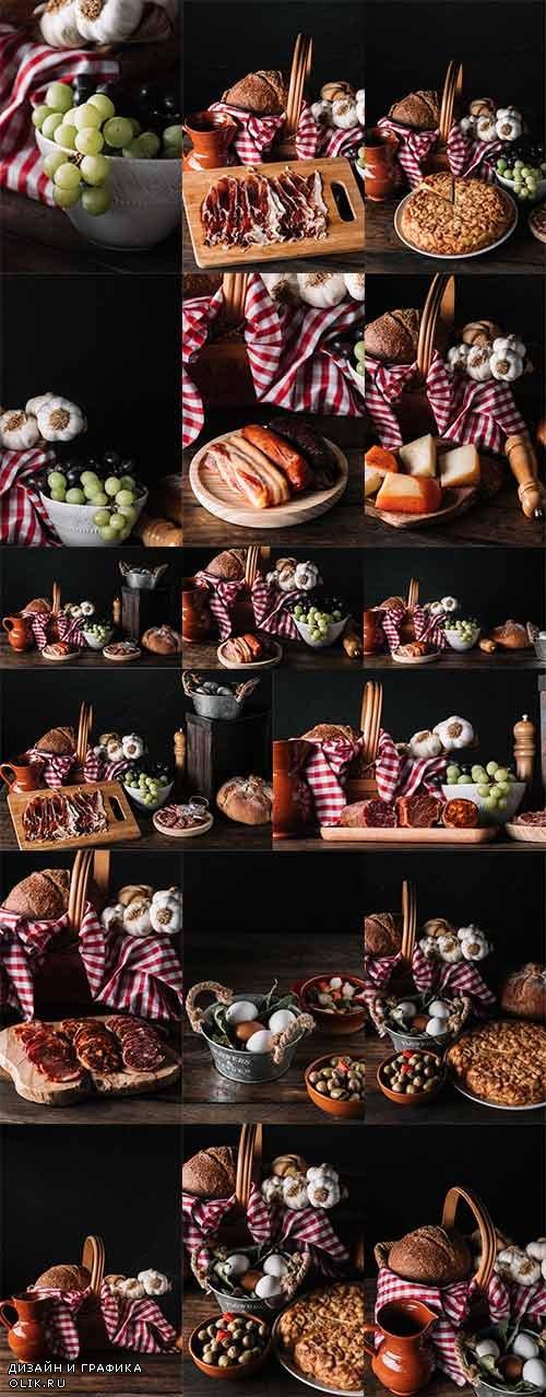 Хлеб, копчённости и фрукты - Растровый клипарт / Bread, Smoked Meat and Fruits - Raster clipart