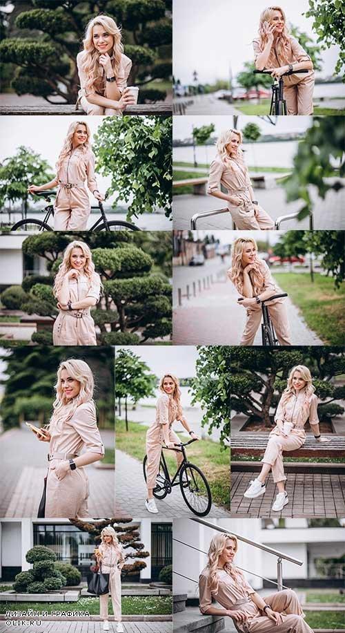 Очаровательная блондинка - Растровый клипарт / Charming Blonde - Raster clipart